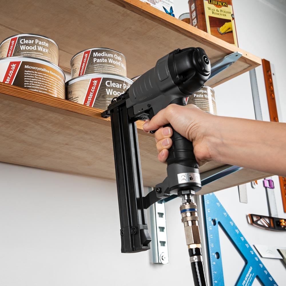 Axminster Trade AT1550BN 18g Brad Nailer 15-50mm