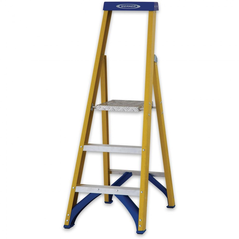 Werner Fibreglass Platform Stepladder Trade 3 Tread
