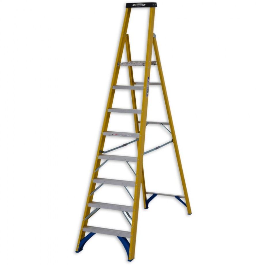 Werner Fibreglass Platform Stepladder Trade 8 Tread