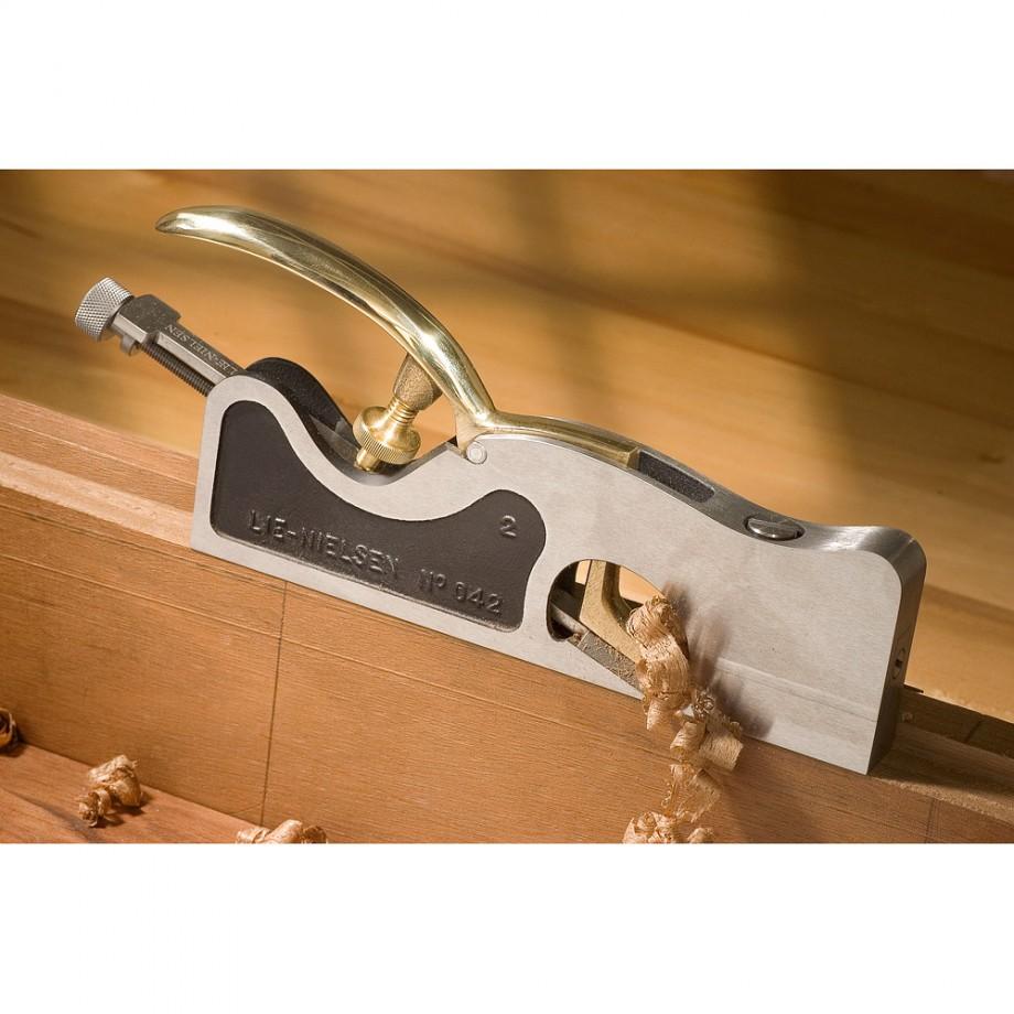 Lie-Nielsen Shoulder Plane Review - Sawdust and Shavings