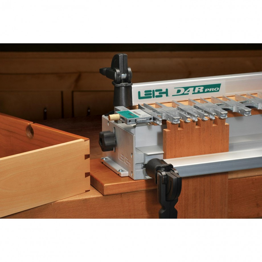 Leigh D4RM Metric Jig + 710 adaptor fits MOF 96, 96E, DW615(UK)