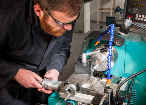 Buying Your First Engineering Lathe